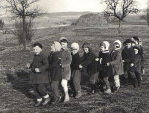 Děti mateřské školky, prosinec 1962.