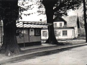 Autobusová zastávka v horních Vlčkovicích.