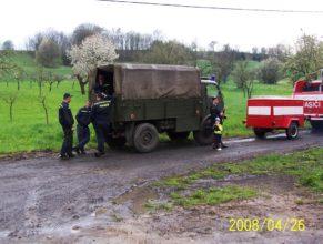Podpůrné hasičské vozidlo.
