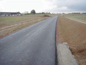 Pohled k cestě C 1.3 DV.