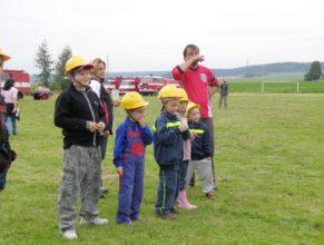 Malí hasiči.
