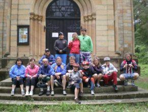 Společná fotografie, Mariánské poutní místo - kamenný kostel Svatá Marie.