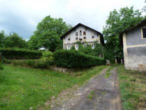 Dům v obci Trotinka.