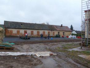 Stavba hřiště - předposlední podklad.