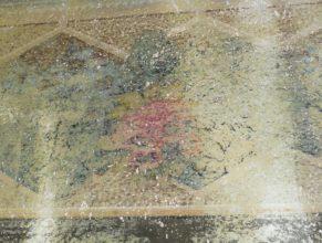 První patro obecního úřadu, odkrytá malba na zdi.