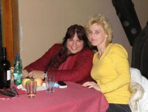 Vpravo Dáša Trousilová.