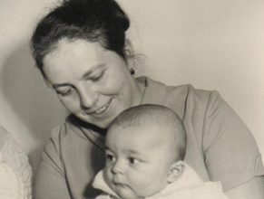 Petrásková Božena s dcerou Janou narozenou 17.6.1972.