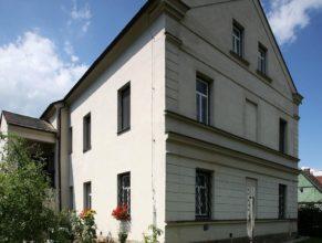 Budova bývalého obecního úřadu, Horní Vlčkovice čp. 97.