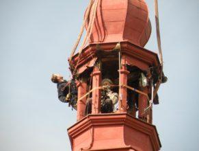 Zajišťování věže.