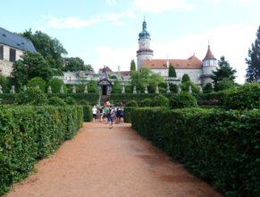 Zahrada zámku v Novém Městě nad Metují.