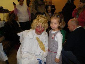 Anděl s holčičkou.
