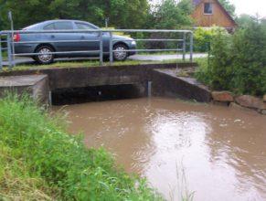 Most u Trohořů v Horních Vlčkovicích.