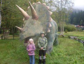 Se stegosaurem.