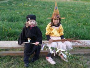 Malé čarodějky.